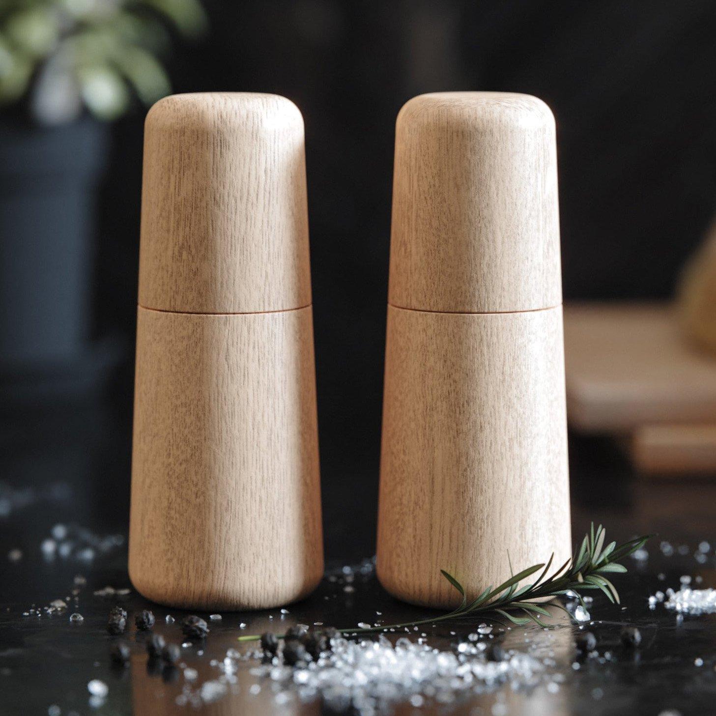Image of   Salt og peber sæt - Eg